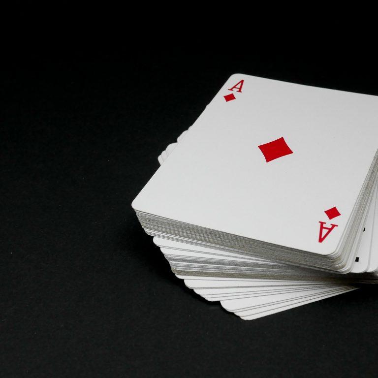 cards-4423523_1920